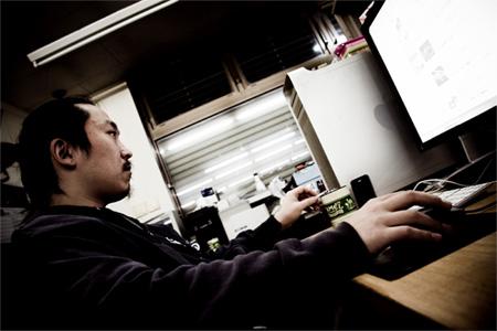 今村健三 (graphic artist)