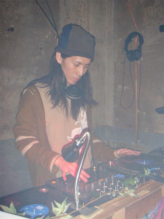 隼人6号 (DJ/TRACK MAKER)