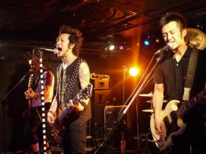 "BOMB FACTORY ""CLOSED TOUR 2011""ワンマン~LIVE REPORT~"