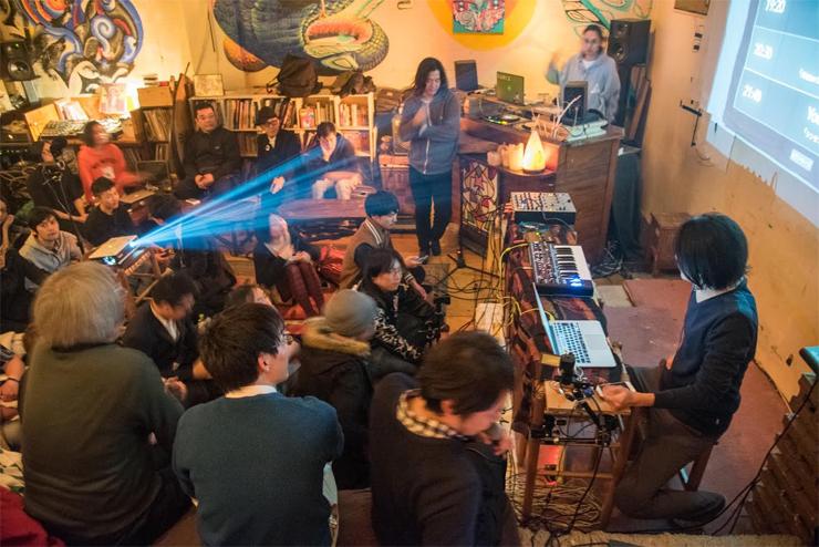 蜻蛉-TONBO- 1st Album『TOKYO MAD CAVE』リリース・インタビュー(蜻蛉 & Koyas)