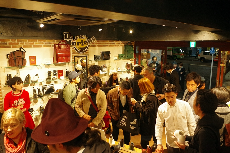 DR.MARTENS THE ORIGINAL ICONS BIRTHDAY PARTY / OT LIVE TATTOO @Dr.Martens原宿 (2016.04.01) REPORT
