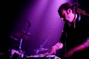 DJ Quietstorm –Juke Setand