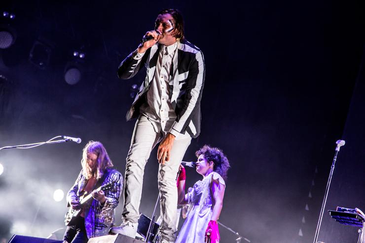 ARCADE FIRE @ FUJI ROCK FESTIVAL '14 LIVE REPORT