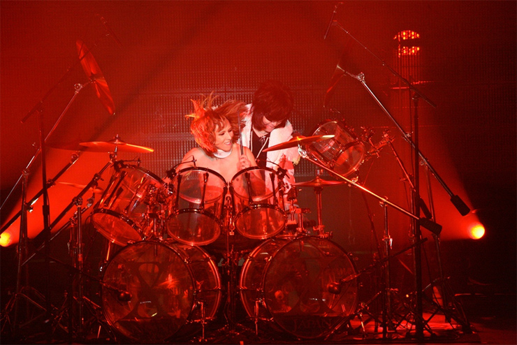 X JAPAN - LIVE at Madison Square Garden - Oct 11, 2014/YOSHIKIより8月6日(日本時間)X JAPAN重大発表予告!