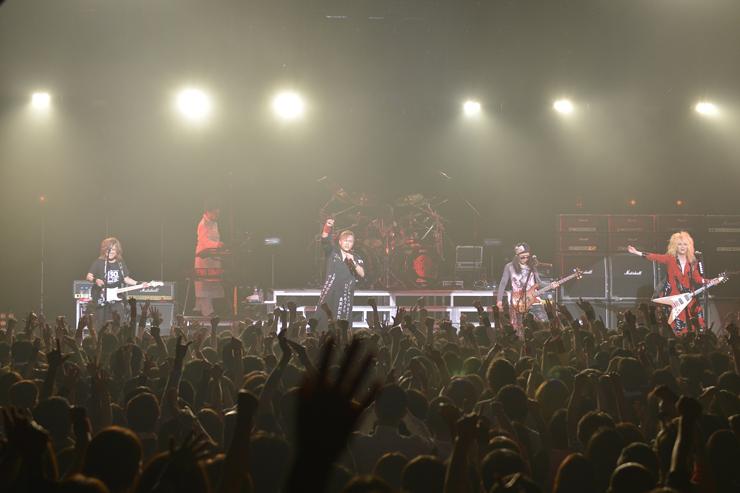 筋肉少女帯 ニューアルバム『THE SHOW MUST GO ON』 発売記念ライブ at 赤坂BLITZ LIVE REPORT