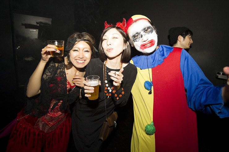 HALLOWEEN MASQUERADE PARTY 2014