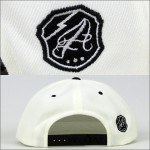 AFFECTER SNAPBACK CAP COLLEGE WHITE x BLACK