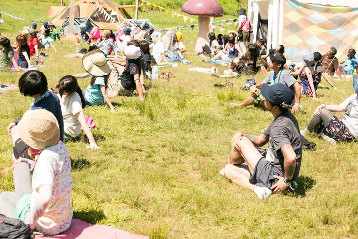フジロック ヨガワークショップ / BASEWORKS @ FUJI ROCK FESTIVAL '15 REPORT