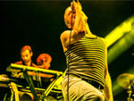 BELLE AND SEBASTIAN @ FUJI ROCK FESTIVAL '15 – PHOTO REPORT / A-FILES オルタナティヴ ストリートカルチャー ウェブマガジン