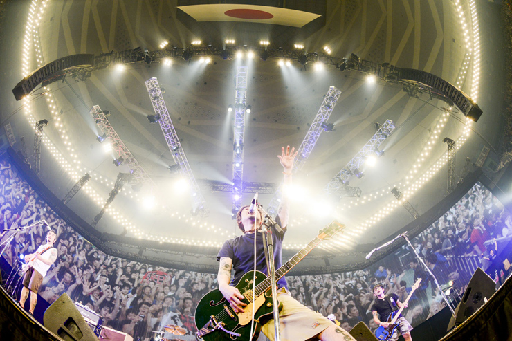 Ken Yokoyama 『DEAD AT BUDOKAN RETURNS』SPECIAL スペースシャワーTVで放送。初回放送: 6/10(金)23:00~