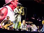 RED HOT CHILI PEPPERS @ FUJI ROCK FESTIVAL '16 – PHOTO REPORT / A-FILES オルタナティヴ ストリートカルチャー ウェブマガジン