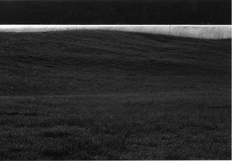 芦谷淳 写真展「NEW ROADSCAPES」2016年8月25日(木)~8月31日(水) at アイデムフォトギャラリー[シリウス]