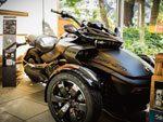 3輪モーターサイクル特別展示『Can-Am Spyder F3-S Special Series』2017年6月5日(月)から7月17日(月)at 代官山蔦屋書店