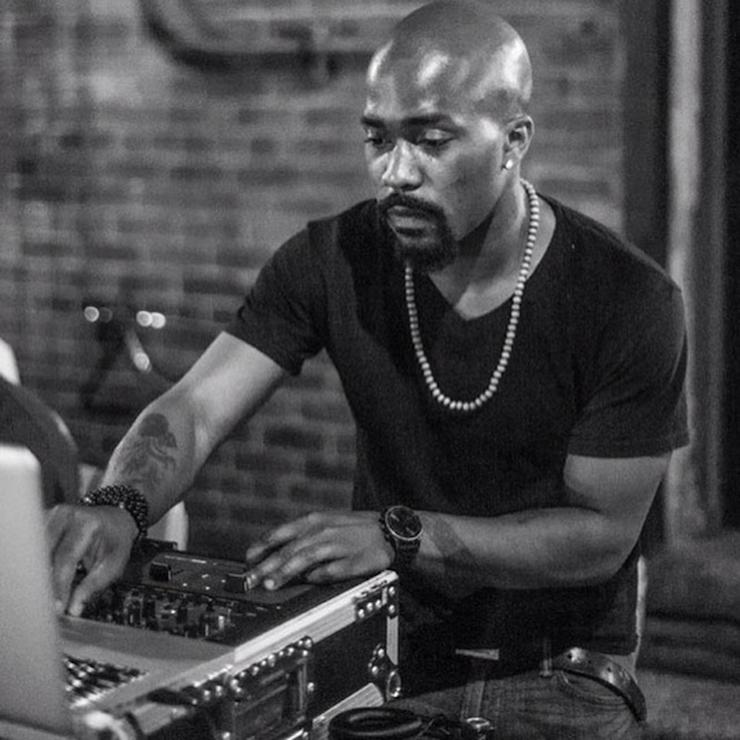 Drummer B