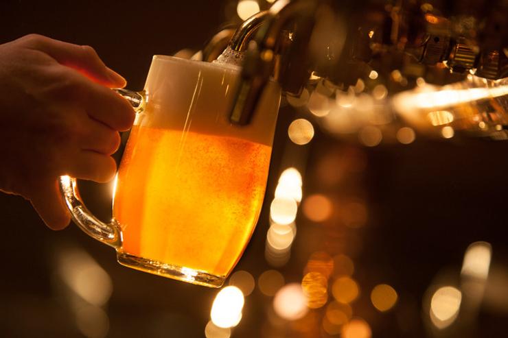 ビール各種取り揃えております©Lukáš Žentel