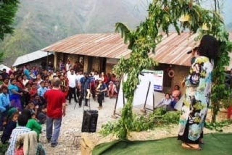 村の方々と共に作り上げたステージ