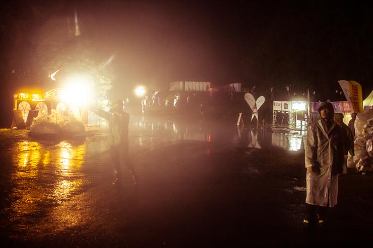 集中豪雨の夜