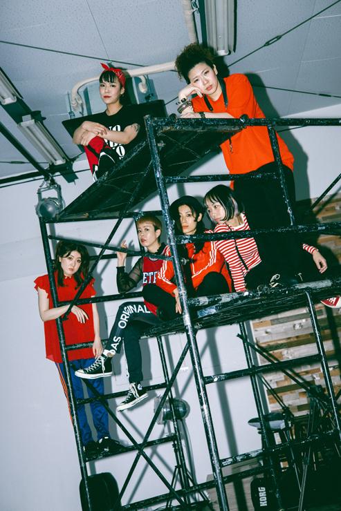 BimBamBoom × 椿 Photo by Aiko Oka