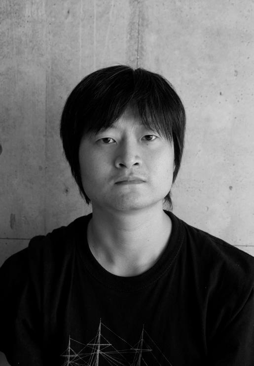 吉田延泰(ガラス作家/キュレーター)